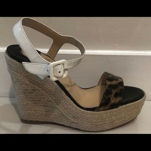 $895 CHRISTIAN LOUBOUTIN PATENT LEATHER WEDGE SZ 6